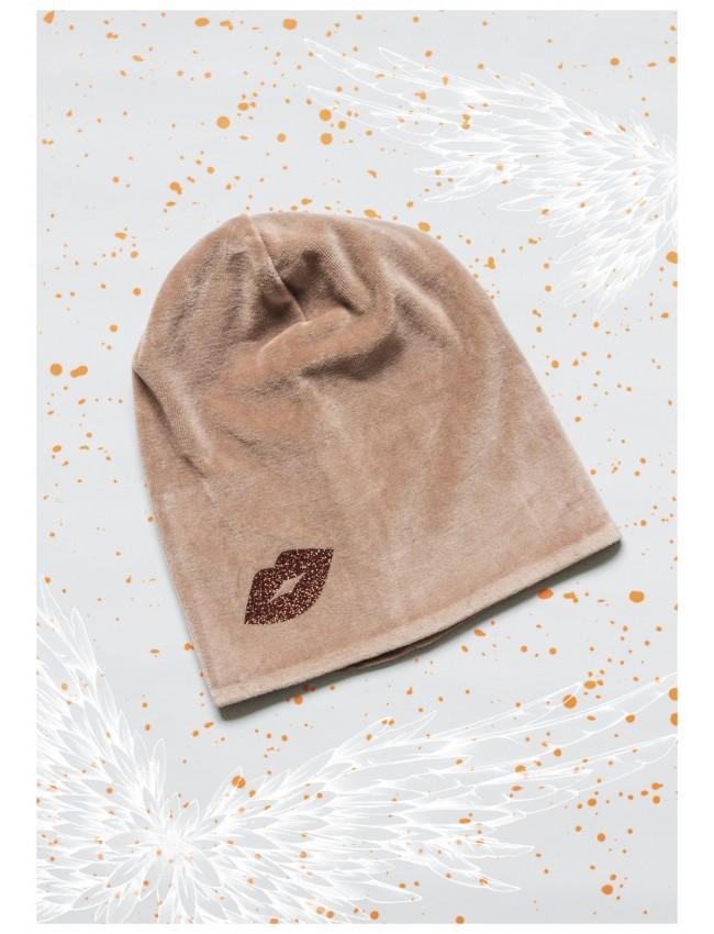 mergaitiška kepurė